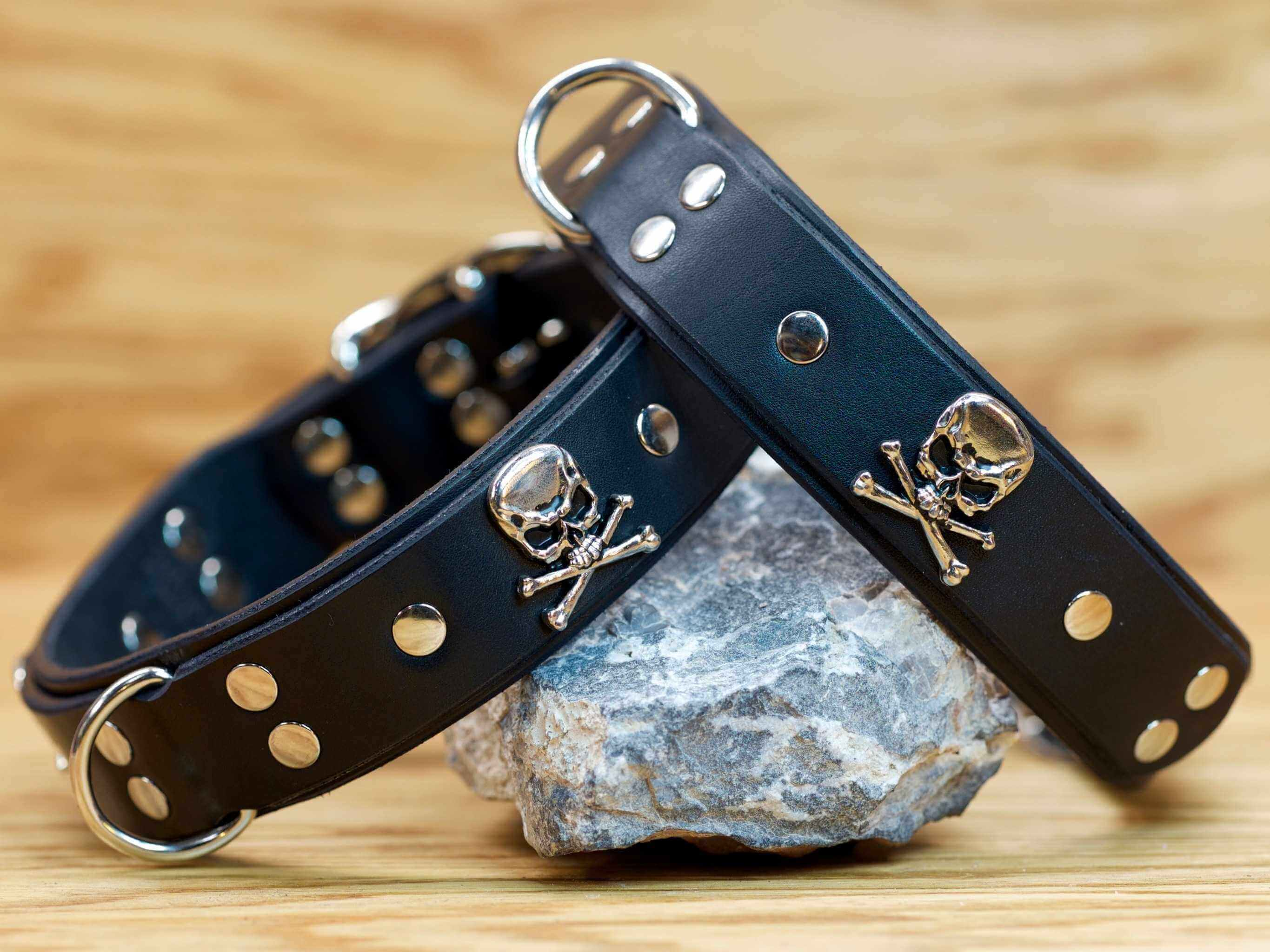 Skulls and bones conchos combine with premium nickel-plated hardware for a high quality leather collar